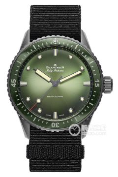 五十噚系列 BATHYSCAPHE LIMITED EDITION MOKARRAN