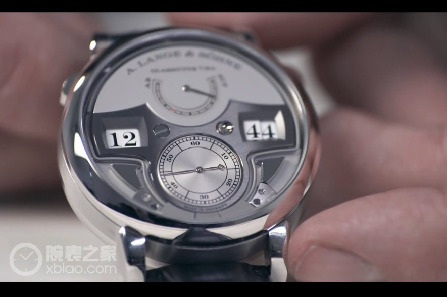 Review- the ZEITWERK MINUTE REPEATER – A. Lange & Söhne